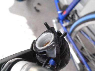 自転車のブレーキ交換。ブレーキのピン。