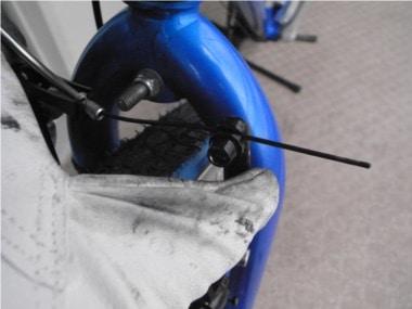 自転車のブレーキ交換。ワイヤー調整。