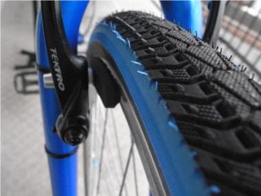 自転車のブレーキ交換。ブレーキシュー。