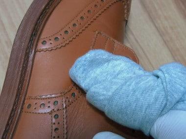 shoecare012